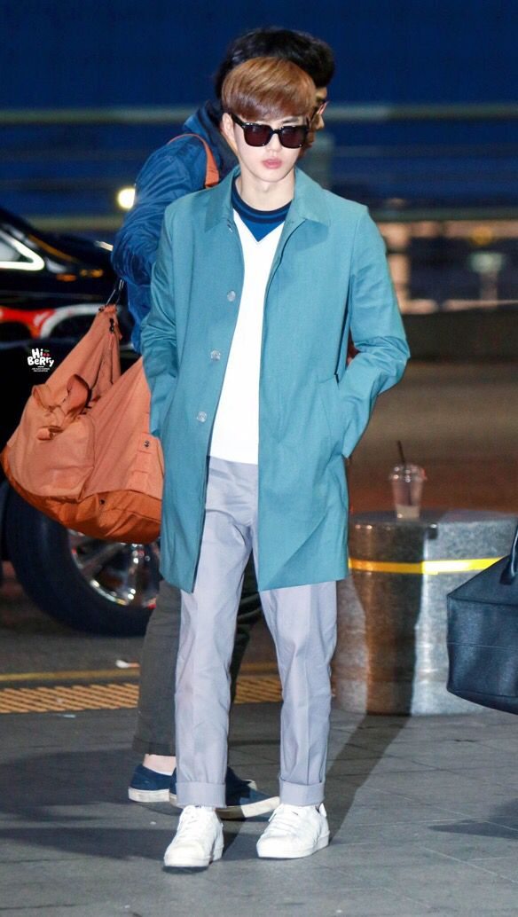 Suho | 150320 Incheon Airport departing for Taipei