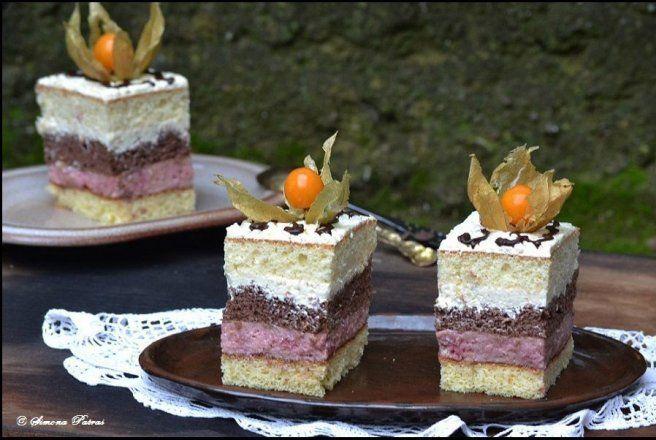 Retete Culinare - Prajitura cu crema de zmeura si vanilie