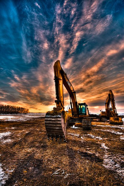 Dawn Machinery | An HDR composition of exavating machinery contrast against the morning winter sky | by IanDMcGregor on Flickr
