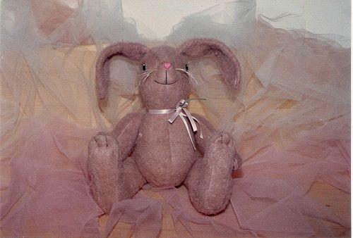 Come fare conigli di stoffa, Tutorial fai da te per cucire conigli di stoffa, Tutorial di Cucito Creativo, come realizzare un coniglietto di peluche, Tutorial Creativo DIY