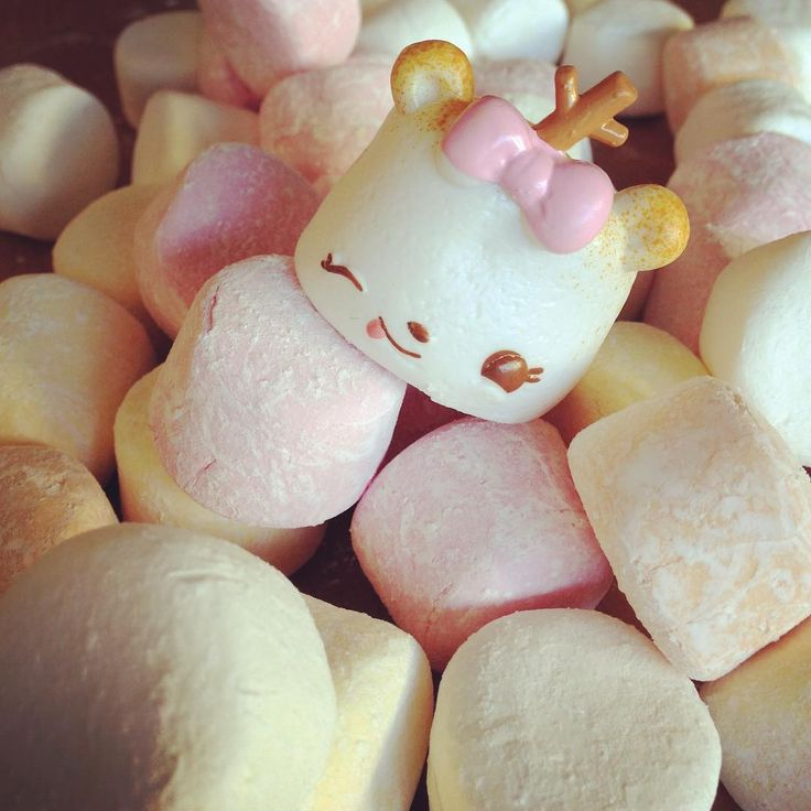 Marshmallows! ☁️ #marshmallows #numnoms #smellsodelicious #kawaii #kawaiitoy