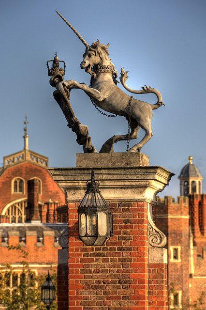 Hampton Court Unicorn, Richmond upon Thames, London