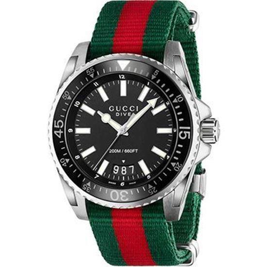 cassa in acciaio con quadrante nero opaco, cinturino in nylon con web verde-rosso-verde