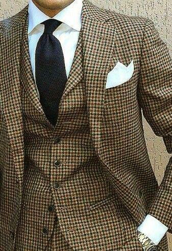 ♔ Tweed suit