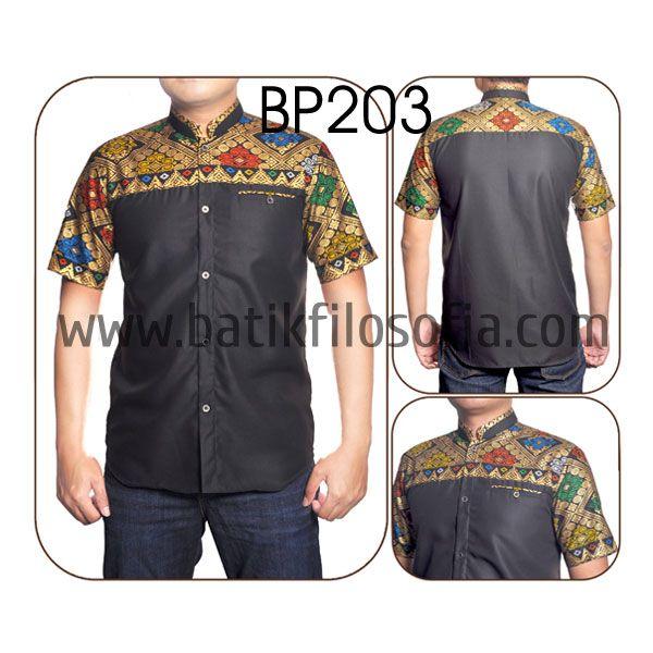 Kemeja Batik Koko Katun dengan Kode BP203, merupakan batik printing yang terbuat dari bahan katun yang dikombinasikan dengan bahan katun toyobo. Harga untuk kemeja batik kode 203 ini adalah Rp.200.000