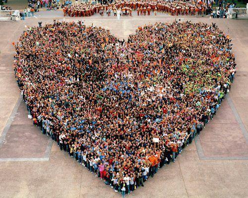 <3: Bucketlist, Make Art, Fernando Person, Buckets Lists, Valentines Day, Human Heart, Peopleheart, Photo, People Heart