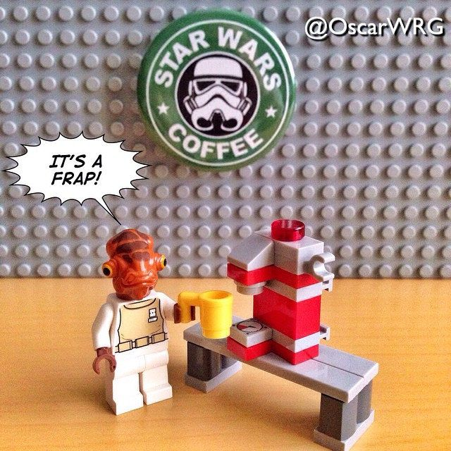 Lego Star Wars Minifigures Admiral Gial Ackbar - It's a Frap - Hot Chocolate Machine (from Return of the Jedi, It's a Trap).