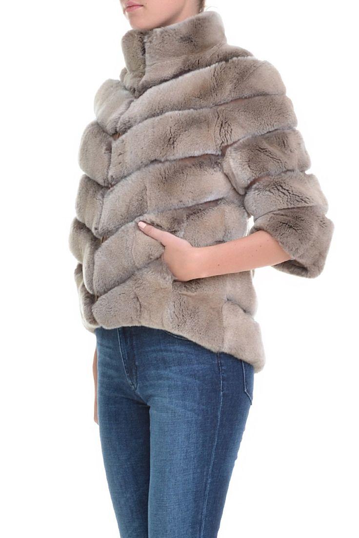 Меховая куртка на молнии, рукав 3/4. Материал: Натуральный мех орилага http://oneclub.ua/kurtka-28386.html#product_option6