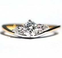 3 Stone Amore Ring, Classic with a touch of Modern 18YWG   #DiamondsExclusive