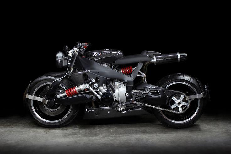 An insane Yamaha YZF-R1 cafe racer by Lazareth.