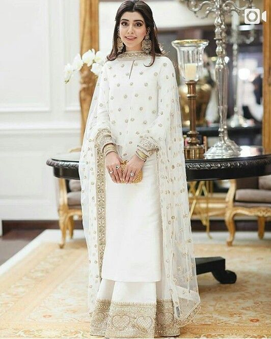 46a2138d67 Traditional dress | Women's fashion in 2019 | Indian designer wear ...