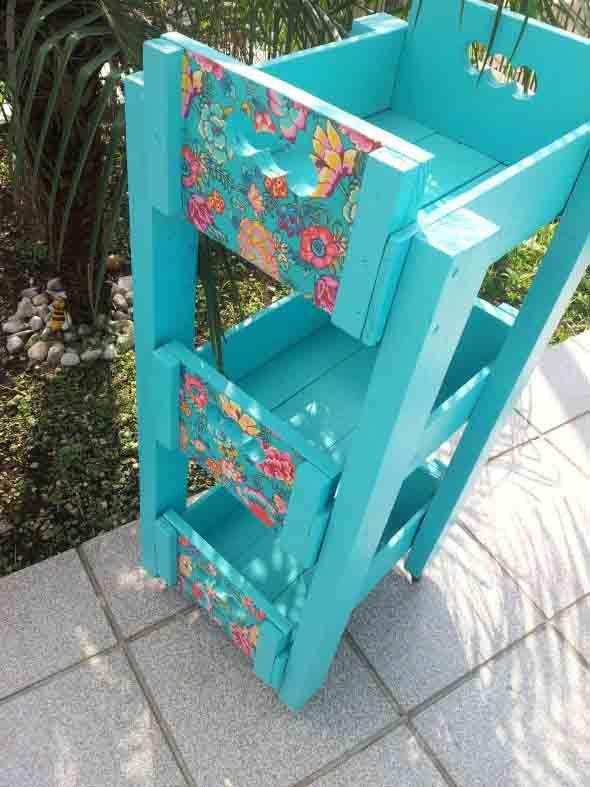Ideias charmosas de decoração com caixotes de feira 001