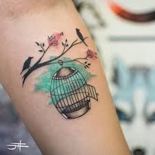 Resultado de imagem para tatuagem aquarela coração                                                                                                                                                     Mais