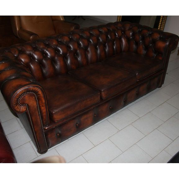 1000+ images about Divani e Poltrone Chesterfield VINTAGE ...