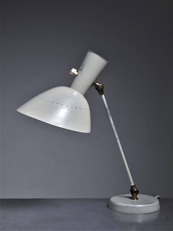 Hans Bergström for Lyktan White Metal Adjustable Desk Lamp, Sweden, 1950s 2