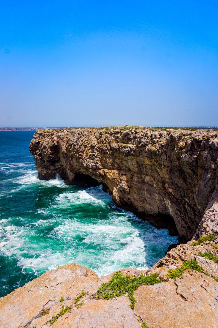 Het uitzicht bij Sagres, Algarve in Portugal op de Atlantische Oceaan. Kijk op het blog van Sunny Cars autoverhuur voor meer inspiratie.