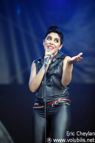 Carmen Maria Vega, une chanteuse qui a une carrière très prometteuse !