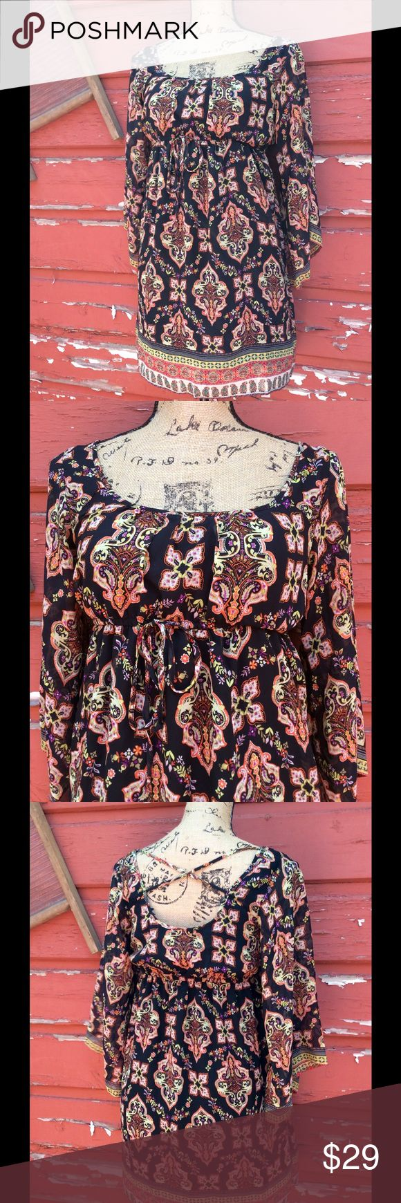 NWT Socialite Clothing (Nordstrom) dress Fully lined 100% polyester machine wash cold. Socialite Dresses