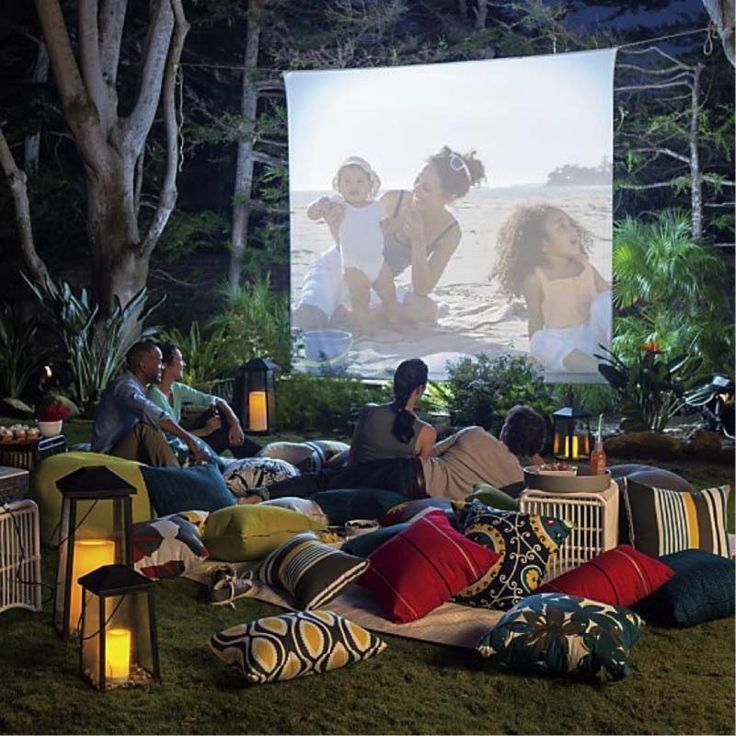 20 Cool backyard movie theaters for outdoor entertaining Zsolt Halász