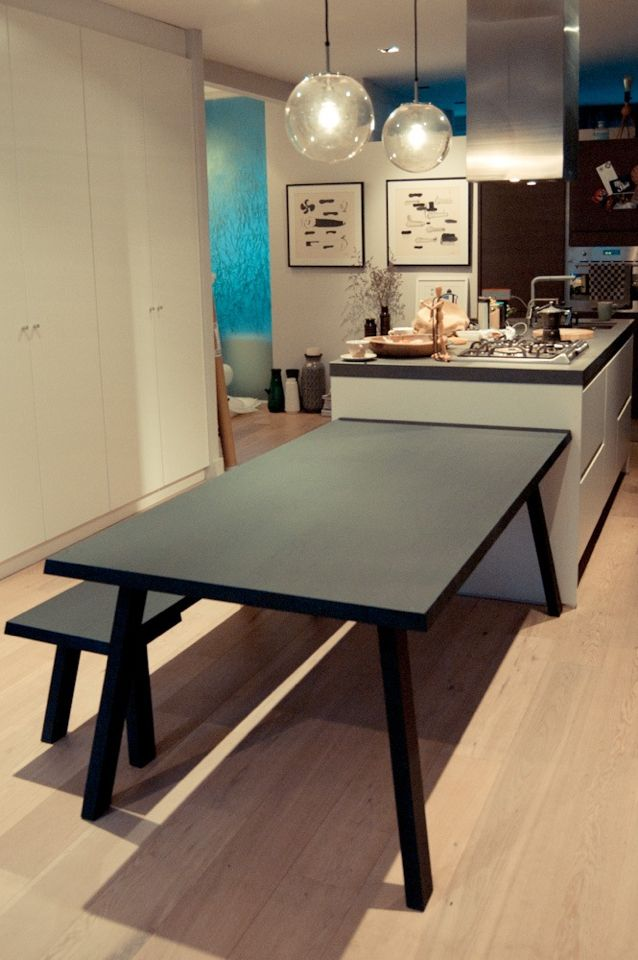 CATWALKER Table & Bench made of solid oak and finished in black wash