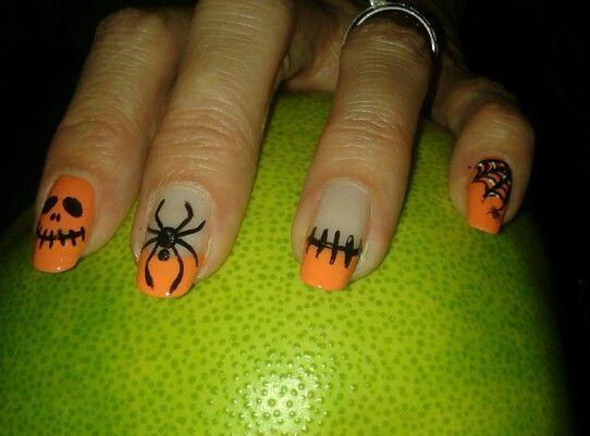 C'est halloween... Brijoux nail art