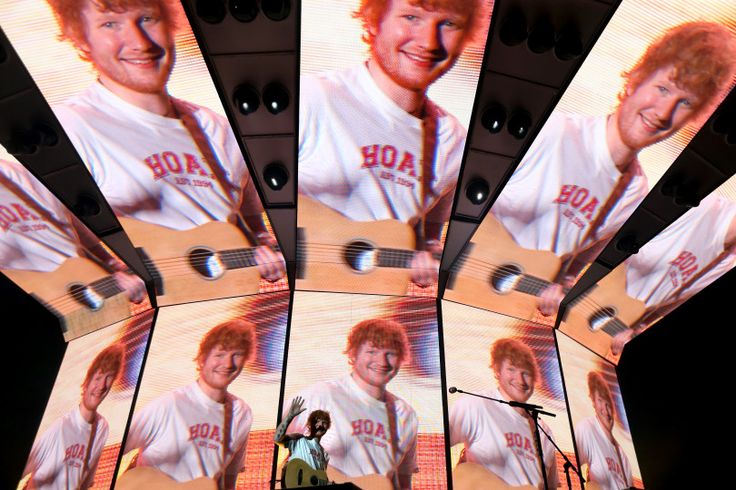 Ed Sheeran in concert at the Oracle Arena in Oakland, Calif., on Wednesday, Aug. 2, 2017. (Ray Chavez/Bay Area News Group)