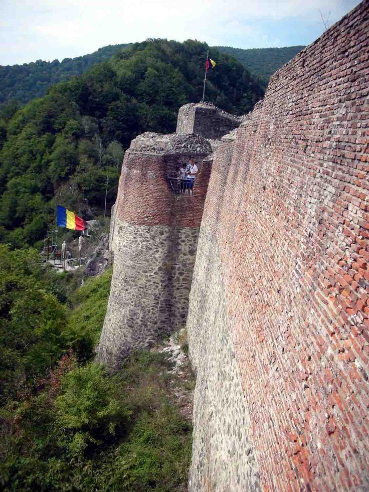 Poenari Fortress. Southern face.