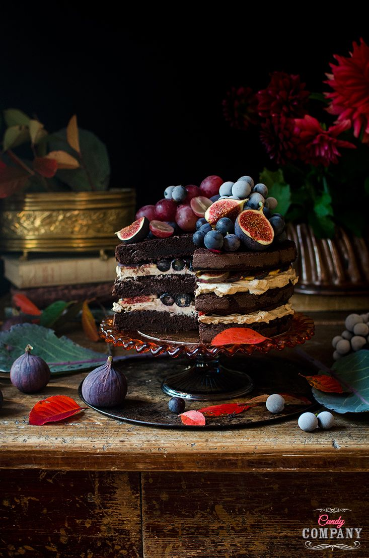 Leftover red wine layer cake recipe with fig and grapes. Food photography still life by Candy Company