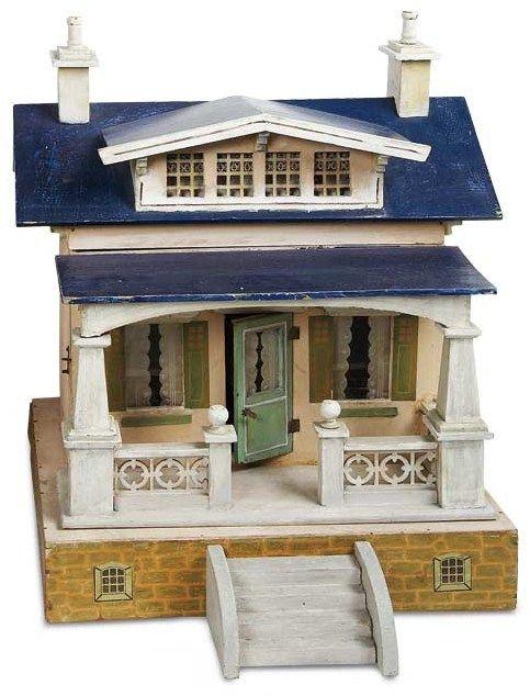 What a little dream doll house.