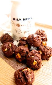 famous amos double chocolate chip cookie