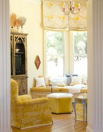 Luxury living room in yellow