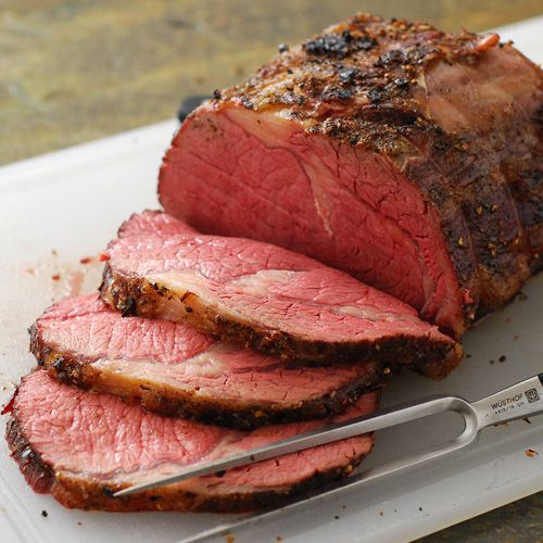 Gotta cook the rib roast this way next time.  Looks perfect all the way through!  From the Nibble Me This   blog