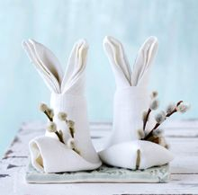 Easter napkins. This page goes nowhere, I had to look up another page for directions. Cute!