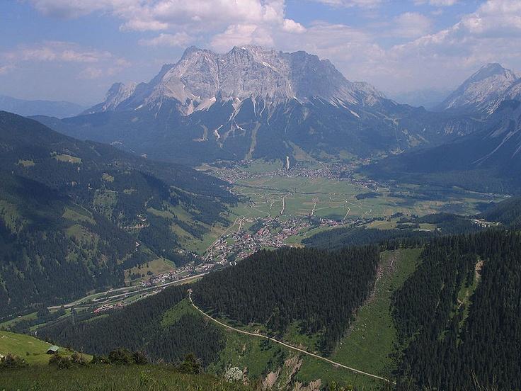 Beieren 1: een prachtig beeld van het #Wetterstein gebergte. Locatie: #Zuid-Beieren in #Duitsland aan de grens van Oostenrijk.