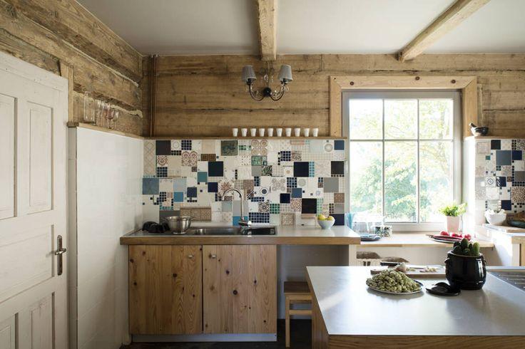 Drewniana kuchnia. Zobacz więcej na: https://www.homify.pl/katalogi-inspiracji/67313/13-najciekawszych-trendow-wnetrzarskich-2016