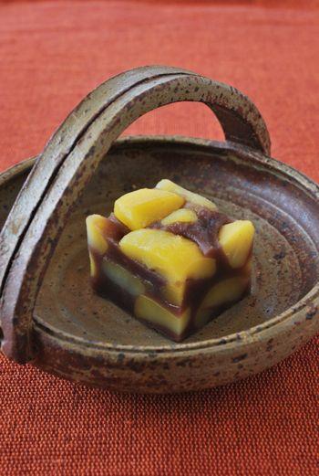 割れ栗蒸し羊羹 (Steamed Chestnut Jelly Sweet)
