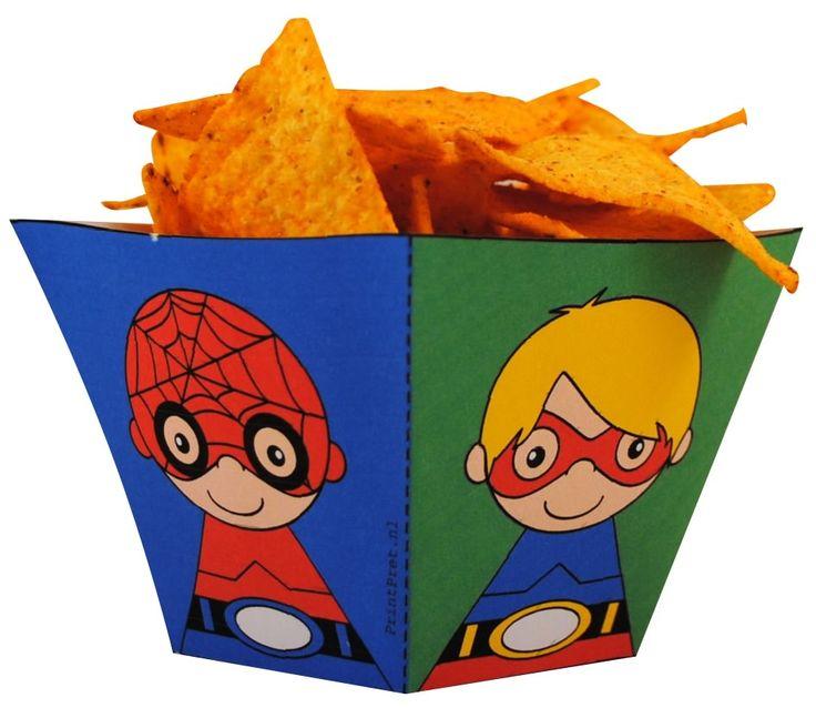 Superhelden chips bakjes. http://printpret.nl/Superheld%20feestpakket