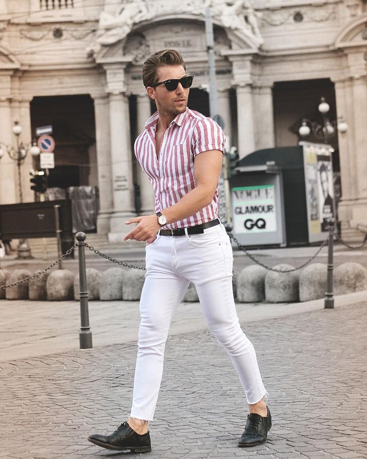"Gefällt 4,136 Mal, 69 Kommentare - MALI KARAKURT (@malikarakurt) auf Instagram: ""white jeans & stripes: inspired by the city """
