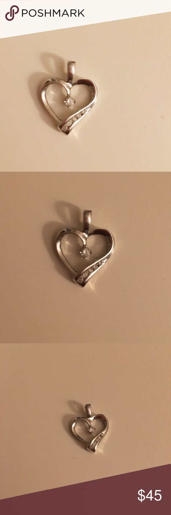 10k White Gold Diamond Heart Necklace Pendant Beautiful 10k White Gold Diamond Heart Pendant. Necklace chain not included. Jewelry Necklaces