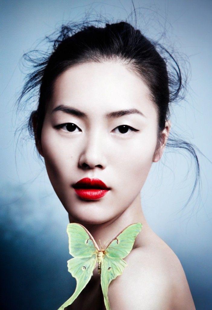 jon7athan:  Liu Wen photographed by Caroline Knopf