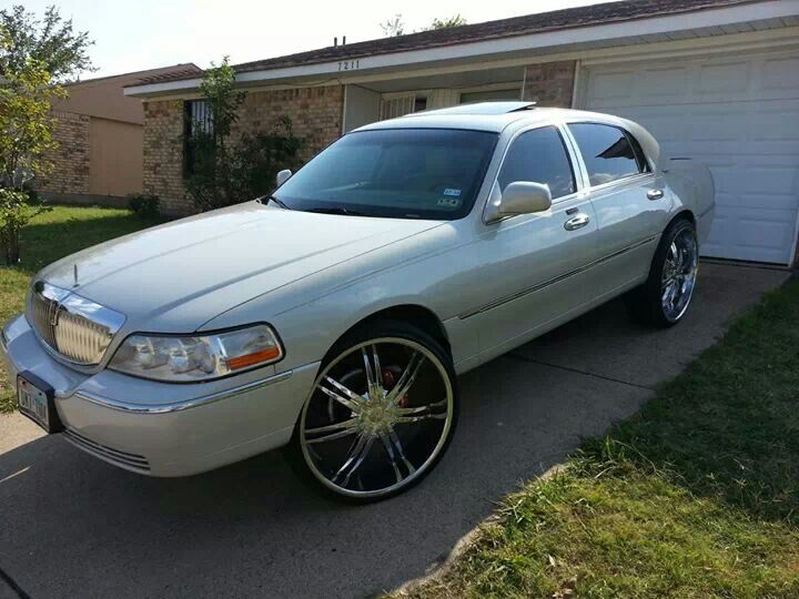 Lincoln Town Car On 24s New Cars Upcoming 2019 2020