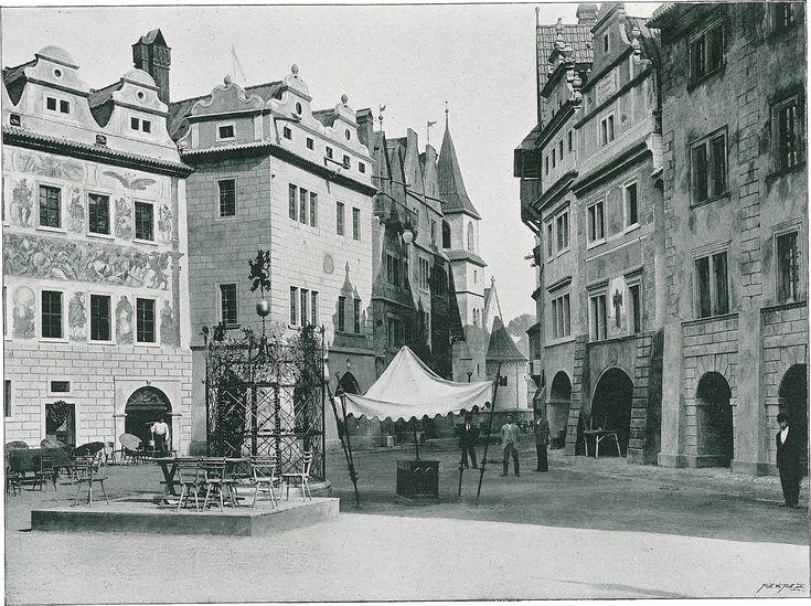 Stará Praha: Pohled k Linhartskému náměstí.