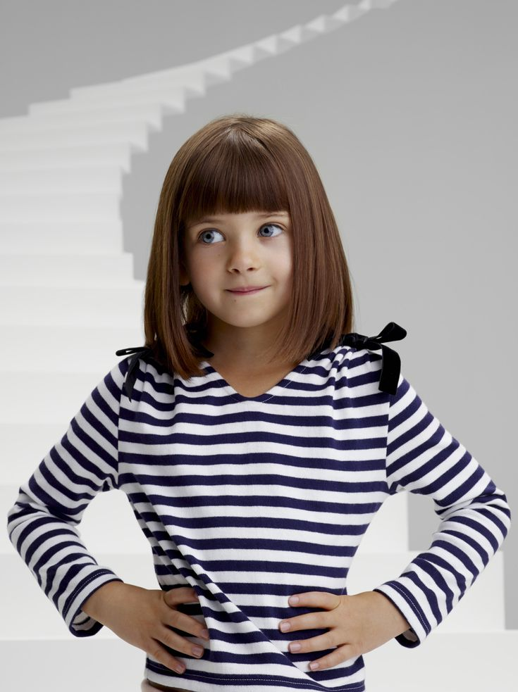 Girl's heavy jersey marinière with matching white and blue stripes for a perfect finish - #girls #ChristianLacroix #PetitBateau http://www.petit-bateau.fr?CMP=SOC_11732&SOU=&TYP=SOC&KW=pinterest