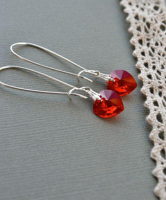 Rode Swarovski oorbellen rood hart oorbellen lange rode
