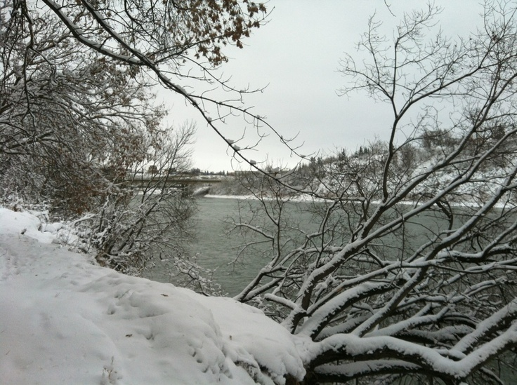 Edmonton River (North Saskatchewan) after the snow in November 2012.