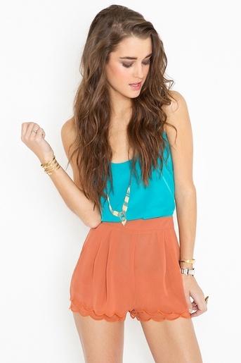 Petal Shorts - Rust
