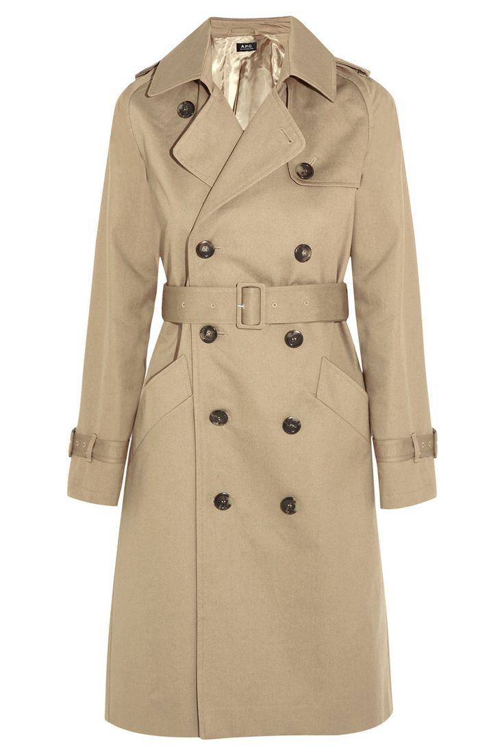 Una gabardina tradicional El tejido de gabardina fue inventado por el británico Thomas Burberry en 1880 y es una prenda exterior que se utiliza para resguardarse de la lluvia. La gabardina sigue siendo una prenda impermeable pero ahora se ha convertido en una pieza sujeta a los designios de la moda incluyendo multitud de modelos y diseños #Burberry #Moda #Weekend #Woman #Mujer #Dress #Vestidos #Black #Style #Navidad #YoSoyUnaChicaMuse #Fashion #Model #Mod