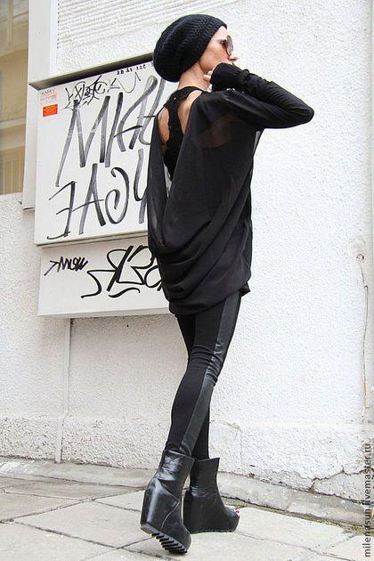 Купить или заказать Туника из шифона в интернет-магазине на Ярмарке Мастеров. Эта красивая экстравагантная одежда это свежий воздух вашей повседневной жизни. Комфортное сочетанием между шифон и хлопком ткани, настолько мягкая, легко носить... идет абсолютно всем!! С ней можно одеть джинсы, леггинсы, шорты,юбку.