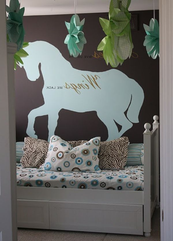 kinderzimmer mit super wandgestaltung - pferd bemalen deko-elemente - 62 kreative Wände streichen Ideen – interessante Techniken