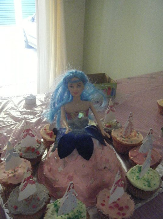 A  Princess/Super Hero birthday bash this year for Mahalia's 3rd birthday. Tip - don't put your dolly Varden tin straight in the oven, it will fall over and make a HUGE mess!!! Also don't forget to grease ALL of the tin! - thank goodness for buttercream icing!!